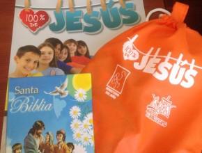 """Funda de presentes para quienes acompañaron durante la semana especial de la """"Voz del Menor"""""""