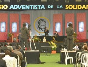 Simposio reunió a más de mil personas.