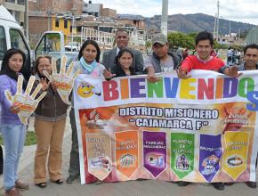 Jóvenes donan sus vacaciones para servir en el norte del Perú1