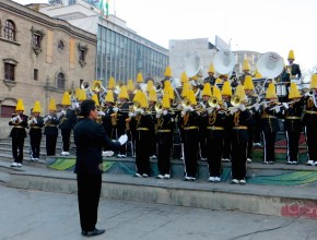 Bandas de Música de colegios adventistas homenajean a Bolivia.