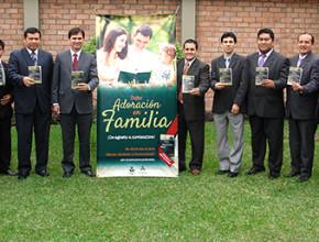 Iglesia adventista en el norte del Perú se une al culto Adoración en familia2
