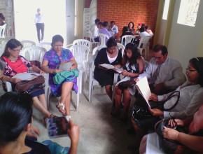 Asistentes se reunieron en Grupos Pequeños.