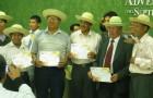 Predicadores Voluntarios en el salón de reuniones de la Misión del Oriente Boliviano