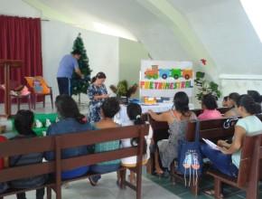 Mantener a los niños de la Iglesia es una gran responsabilidad, por ello es importante brindar pautas que beneficien su desarrollo en la Iglesia y en el Hogar.