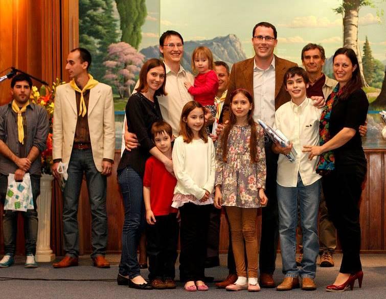 Más jóvenes y niños preparados para predicar