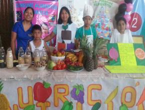Los conquistadores del departamento de Santa Cruz hablando sobre los ocho remedios de la naturaleza