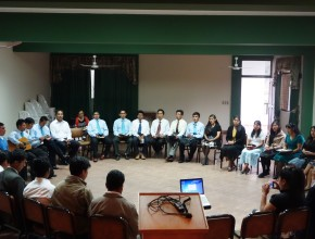 Misioneros reciben capacitación como parte del evento.