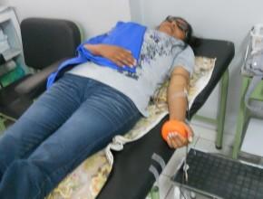 """""""Esperar hasta el día central de donación de sangre podría ser muy tarde"""", afirman los jóvenes."""