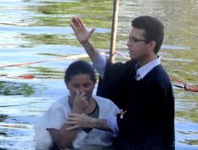 Batismos estão em franco crescimento no território apesar de crescimento líquido ter ficado abaixo dos anos anteriores.