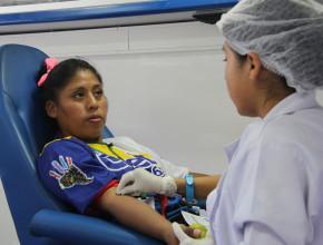 """Calebs participando del proyecto """"Vida por vidas"""" en el centro de Cochabamba"""