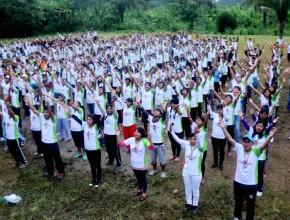 Jóvenes involucrados en proyectos de la iglesia
