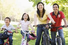 La práctica regular de ejercicios físicos está entre los factores que pueden disminuir el riesgo de enfermedades crónicas