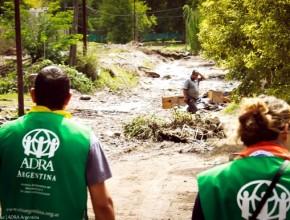 Líderes de Conquistadores y Aventureros apoyaron como voluntarios de ADRA Argentina a los damnificados por las inundaciones en las ciudades de Córdoba, Agentina.