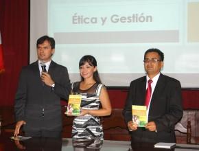 Conferencia Magistral en Gobierno Regional por Semana Santa1