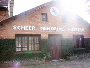 Hospital adventista que fica na região está atendendo centenas de vítimas, inclusive do lado de fora.