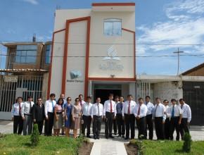 Templos adventistas lucen fachadas nuevas en el norte del Peru1
