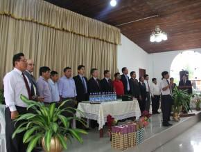 Líderes de la iglesia presente en la inaguración