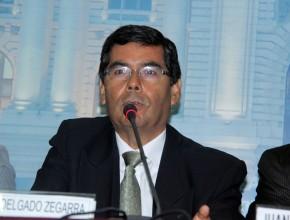 Congresista Jaime Delgado respaldó campaña ADELANTE, Perú Saludable.