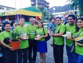 Alcalde de La Merced y la administración de la Misión Andina Central.