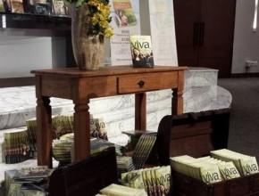 """El pastor Saraiva habla sobre el libro misionero """"Esperanza Viva"""" que será distribuido el 2016."""